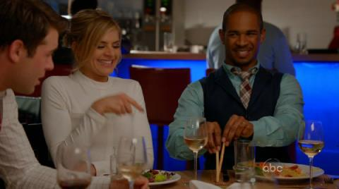 "Happy Endings - ""Everybody Loves Grant"""