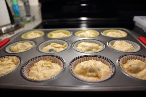 There are surprisingly few cupcake liners with a masculine vibe